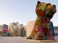 """Puppy"" - By Jeff Koons"