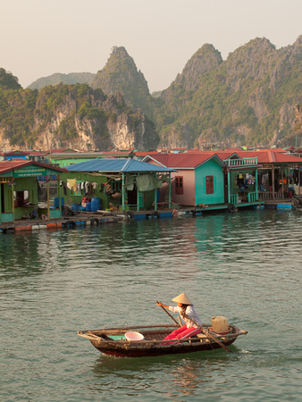 Floating Villages, Lan Ha Bay, Vietnam